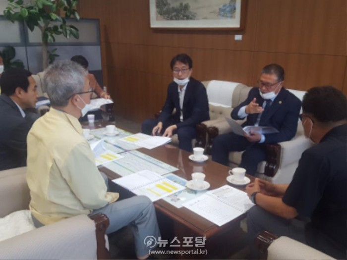 김대건신부 행사관련 도청 회의 (2).JPG