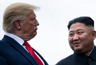 """트럼프 대통령,김정은 위원장 """"우리 만나자"""" 트윗"""