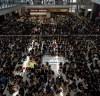 홍콩,반정부시위대 국제공항점거 항공편 모두취소